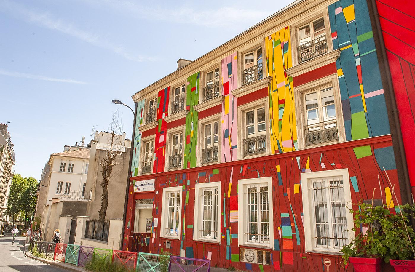 Rue du Retrait: Schule und Theater von P Conver, S. Ragoucy und G. Hakim. Foto: Hilke Maunder