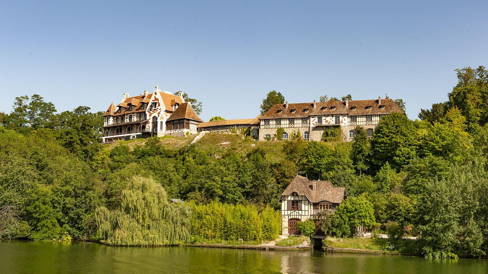 Seine Comtesse-Kreuzfahrt. Typisch normannisch: die Häuser am Seine-Ufer. Foto: Hilke Maunder