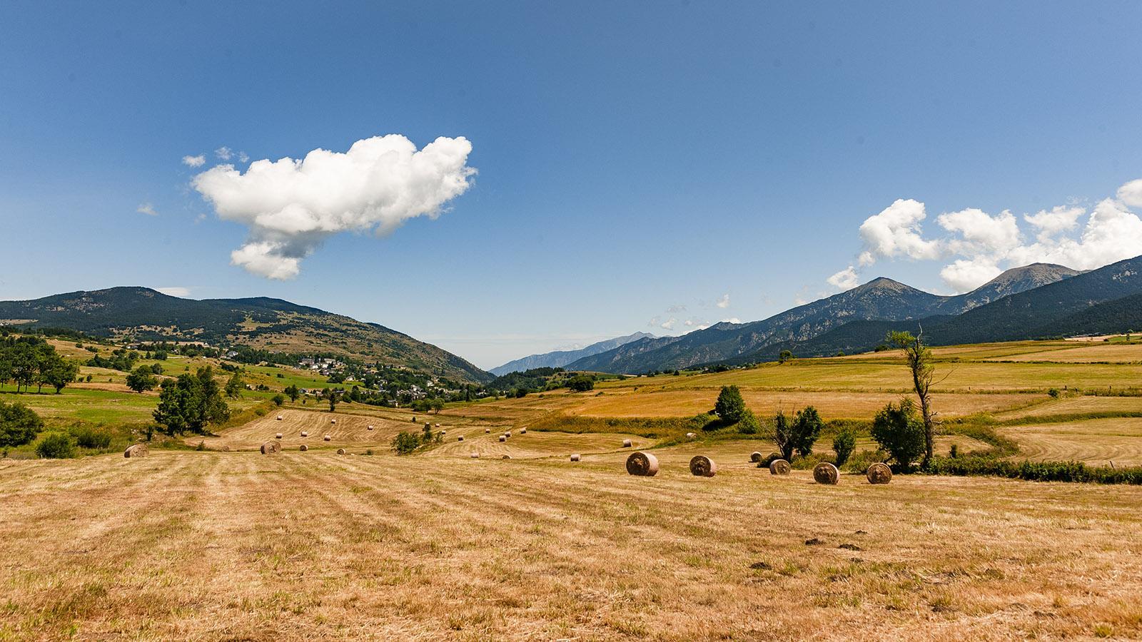 Llívai: Blick auf die Hochebene der Cerdagne. Foto: Hilke Maunder