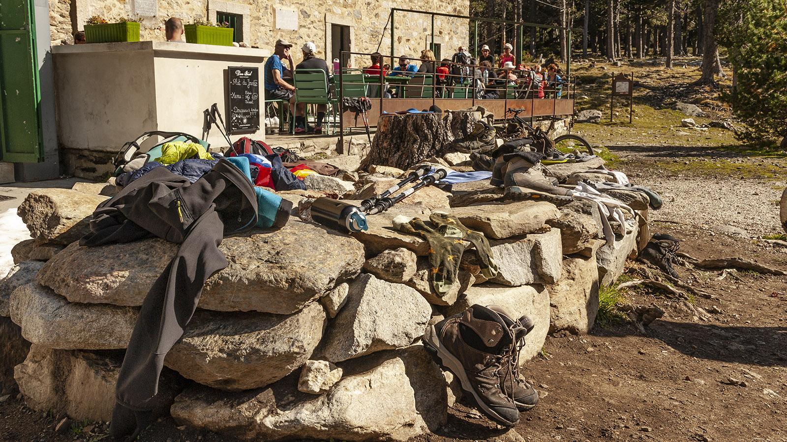 Canigo: Refuge des Cortalets. Wanderstiefel müssen draußen bleiben! Foto: Hilke Maunder