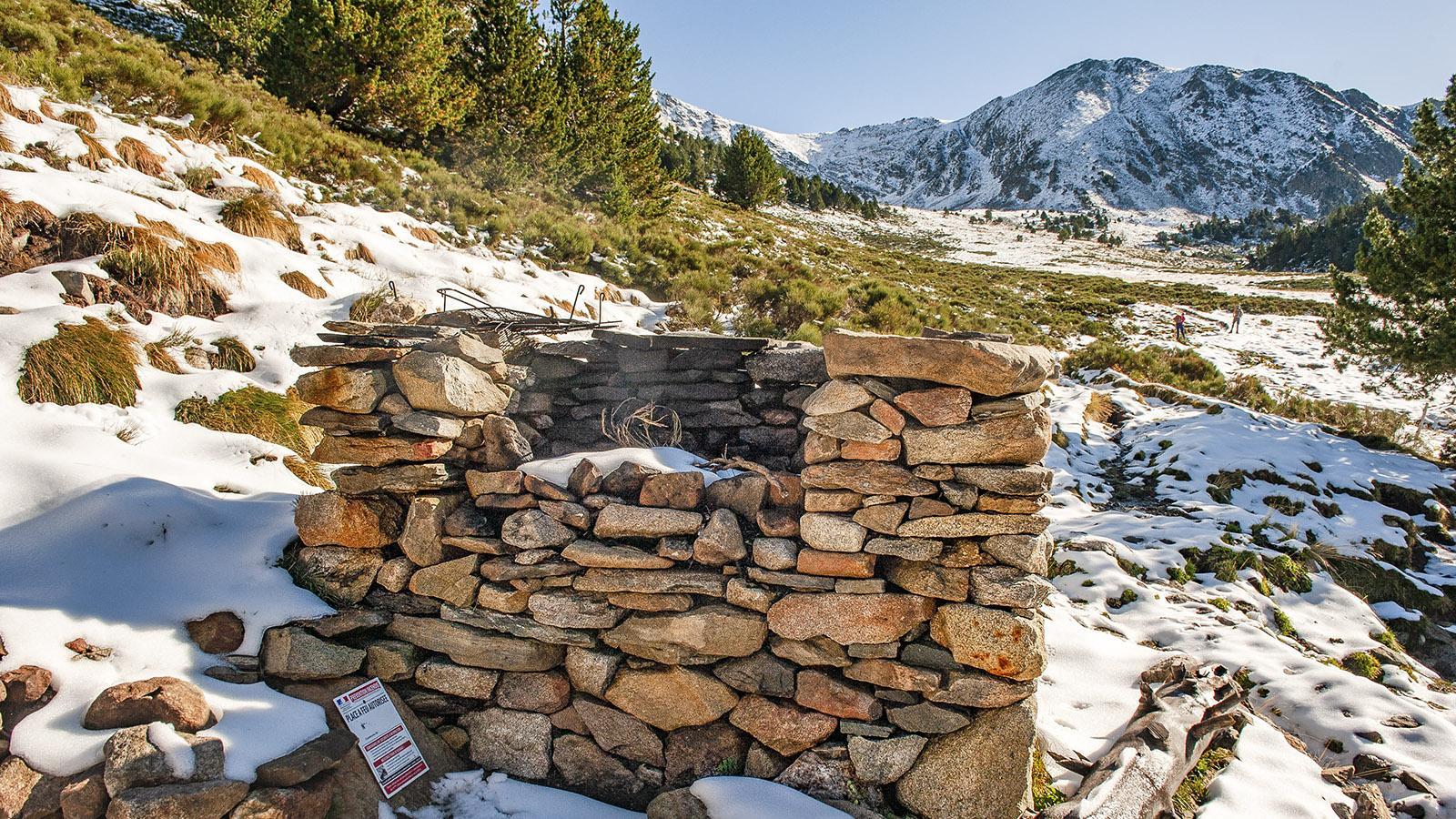 Canigo: die Feuerstelle der Arago-Hütte. Foto: Hilke Maunder