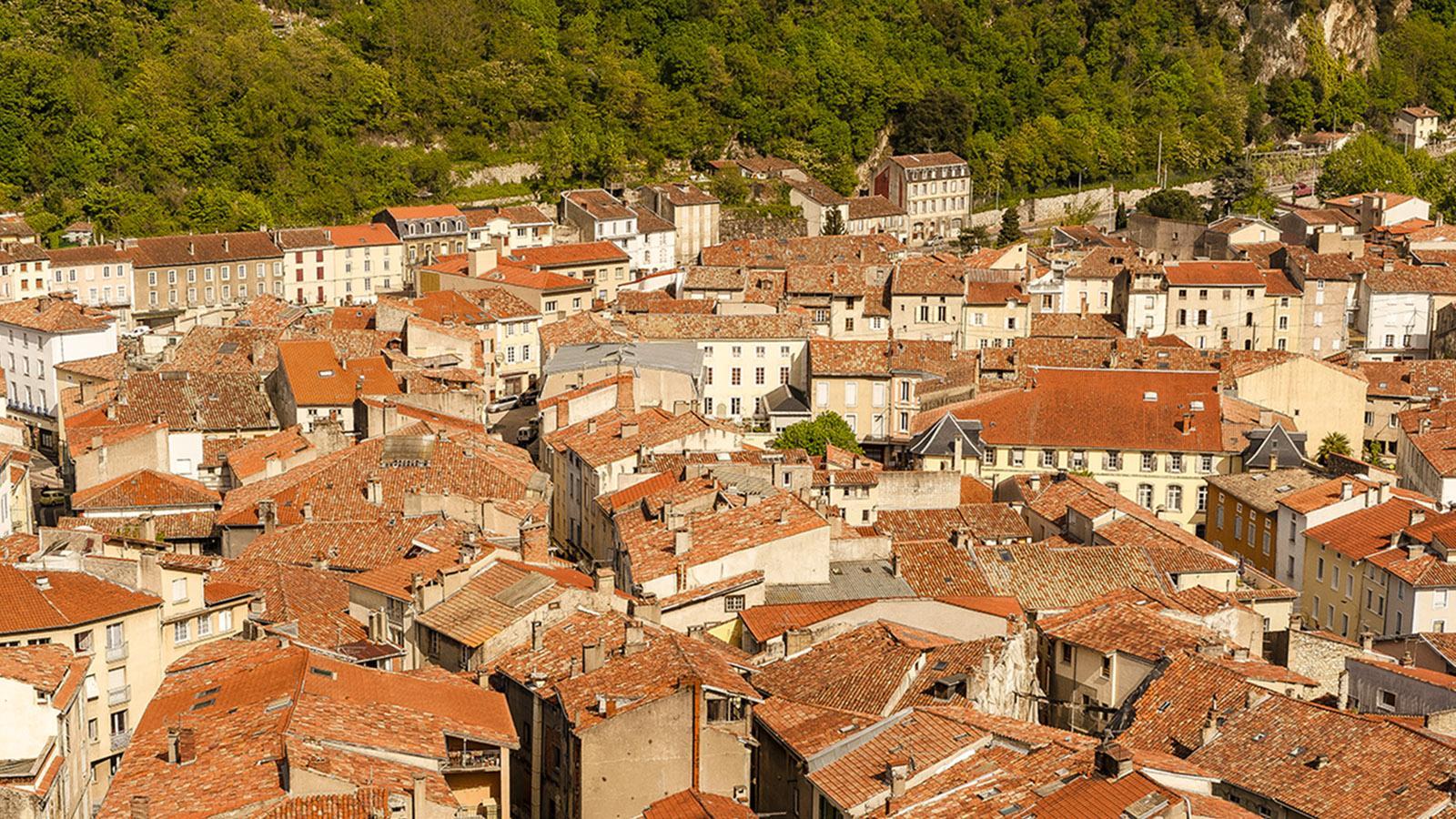 Foix: Blick vom Grafenschloss auf die Altstadt.