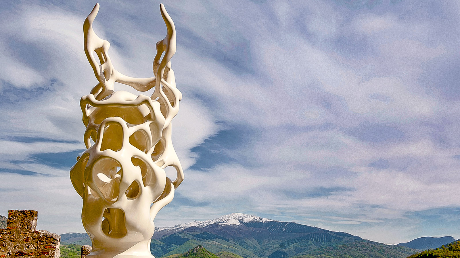 Foix: die Skulptur von Nick Ervinck. Foto: Hilke Maunder