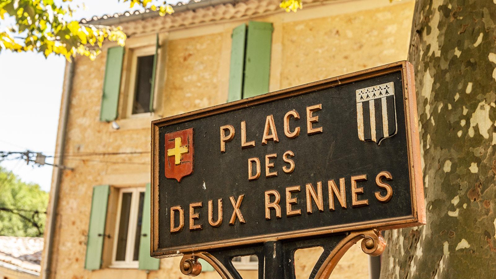 Rennes-les-Thermes: Place des 2 Rennes. Foto: Hilke Maunder