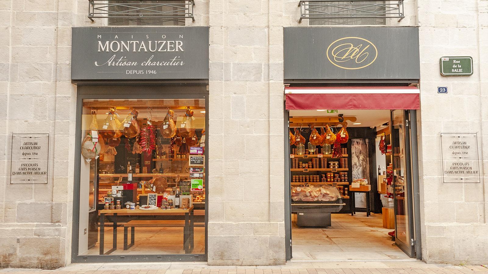 Bayonne-Schinken und andere Köstlichkeiten des Baskenlandes findet ihr bei Montauzer. Foto: Hilke Maunder