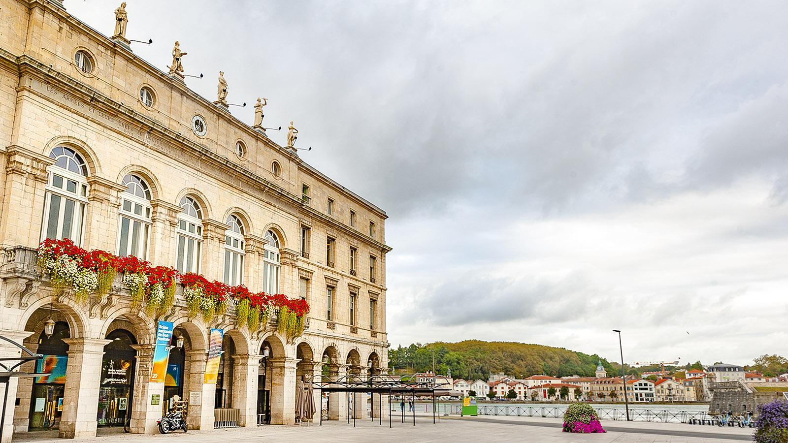 Das Rathaus von Bayonne. Foto: Hilke Maunder