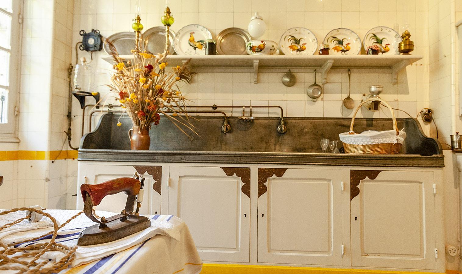 Villa Arnaga: die Küche. Foto: Hilke Maunder