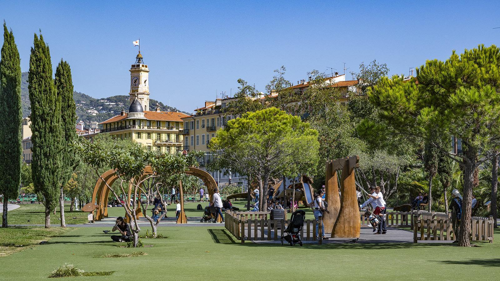 Kreativ: die Spielplätze der Promenade du Paillon. Foto: Hilke Maunder