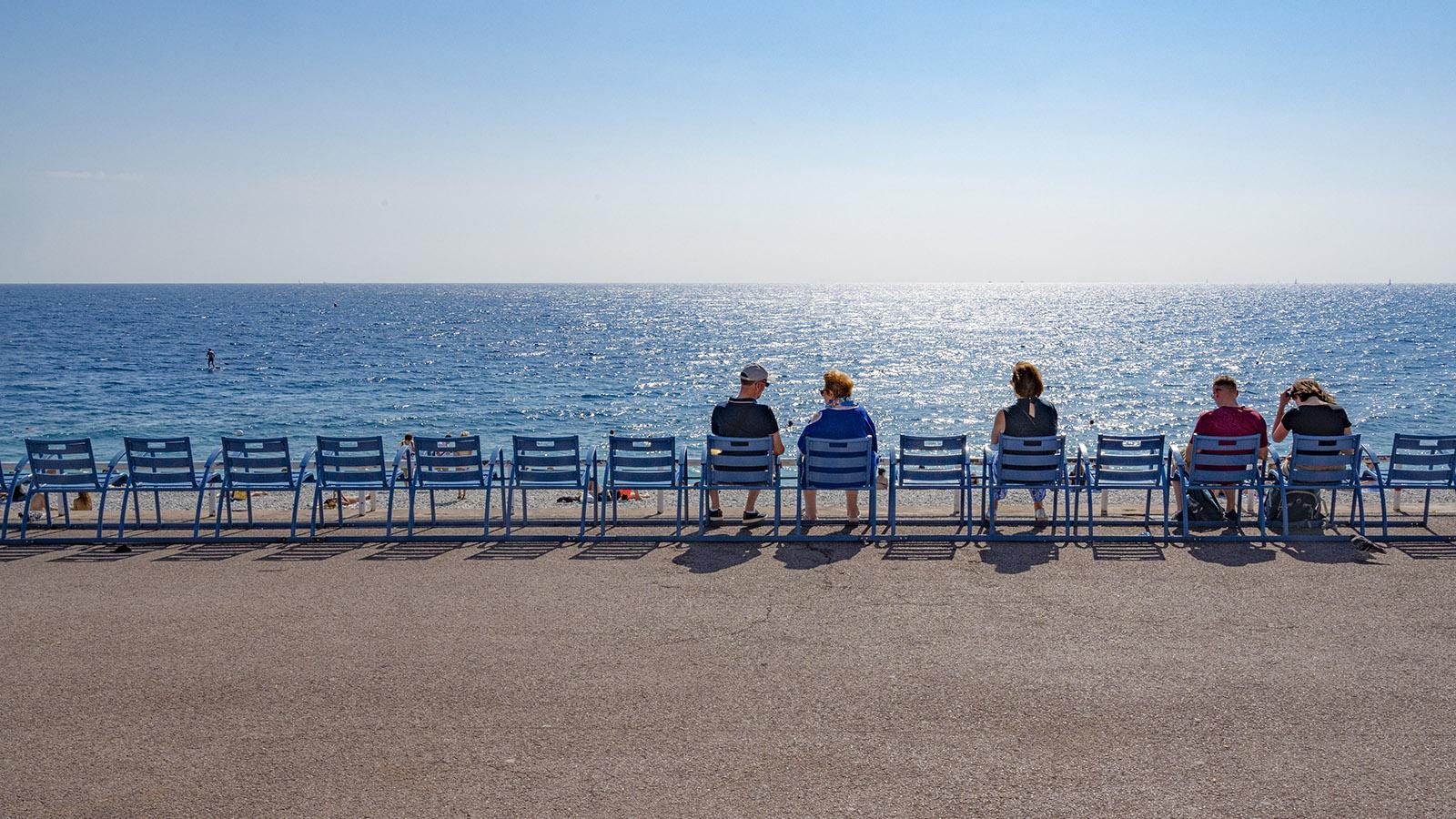 Ankommen und gucken - an der Promenade des Anglais. Foto: Hilke Maunder