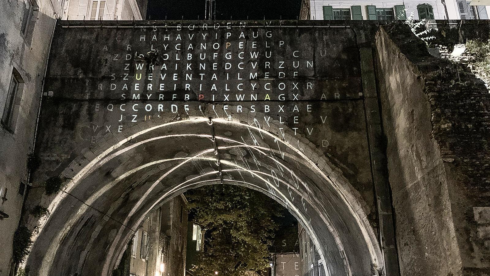 Pau. Allabendlich – die Illumination des Hédas. Foto: Hilke Maunder