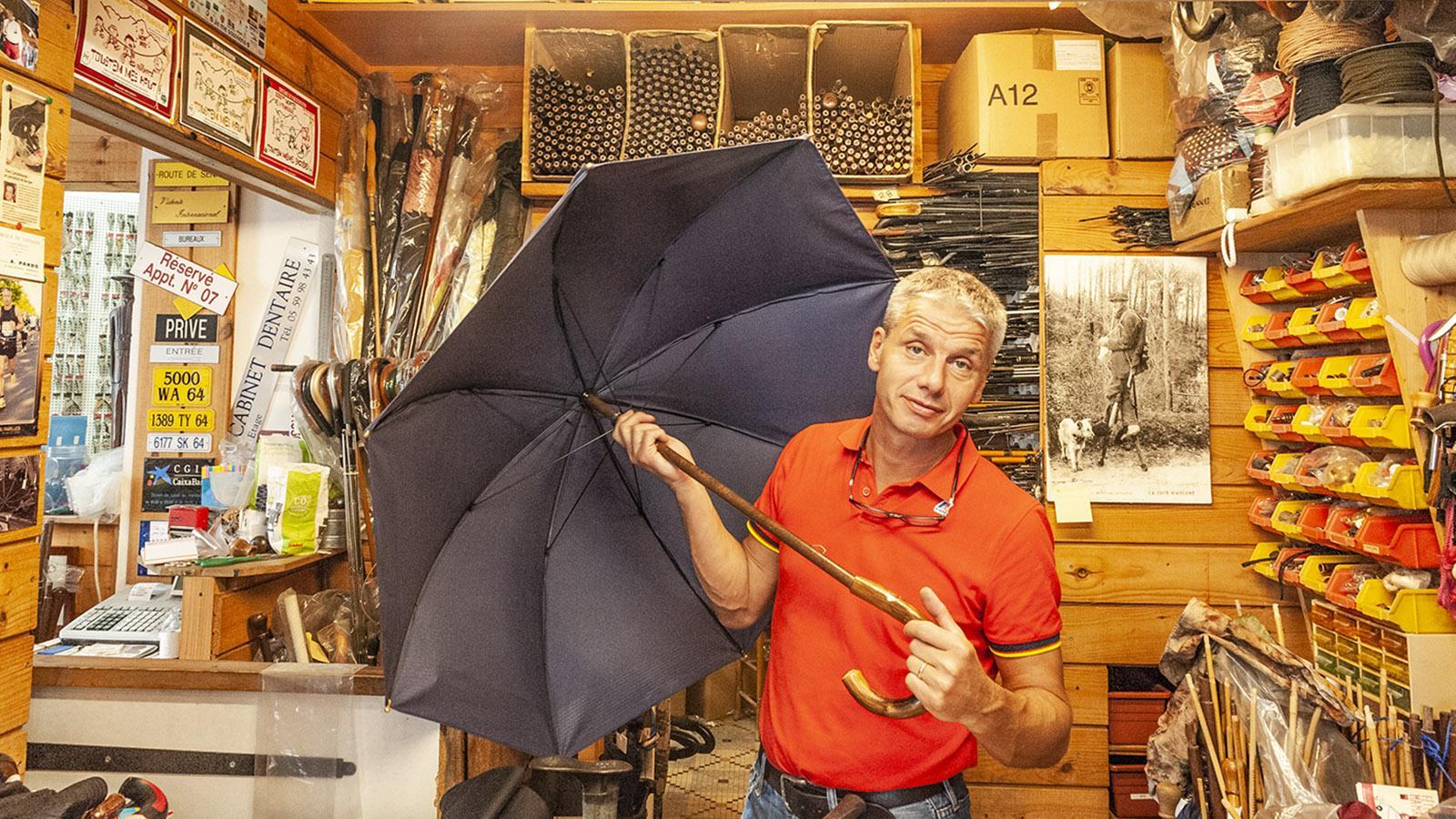 Pau: die letzte Regenschirmmanufaktur der Stadt. Foto: Hilke Maunder
