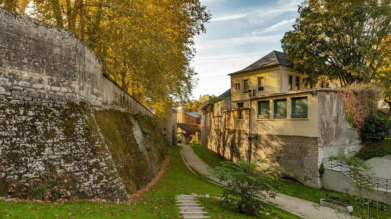 Pau: Zugang zum Hédas-Viertel. Foto: HIlke Maunder