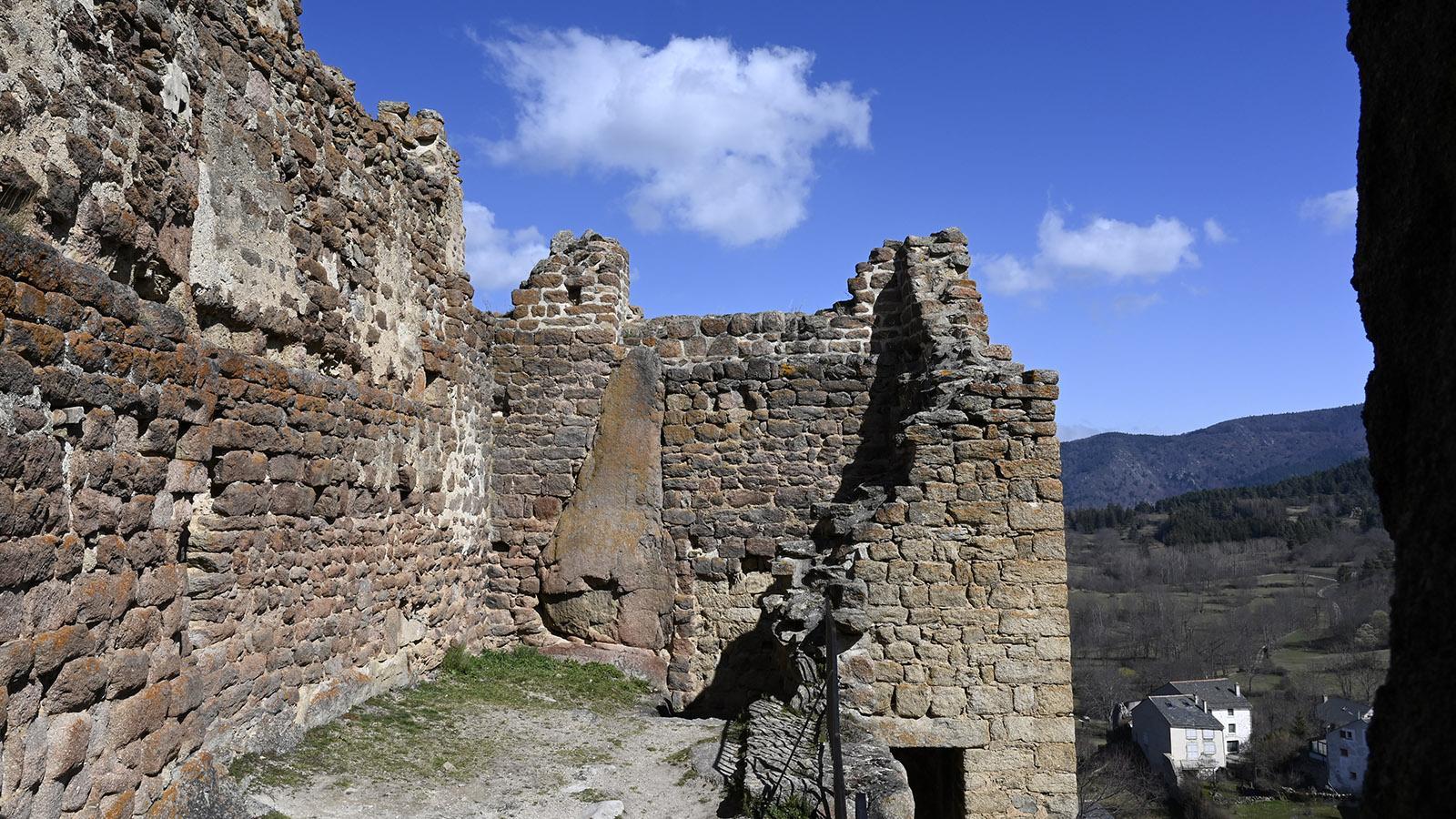 Im Innern der Burg von Quéribus. Foto: Hilke Maunder