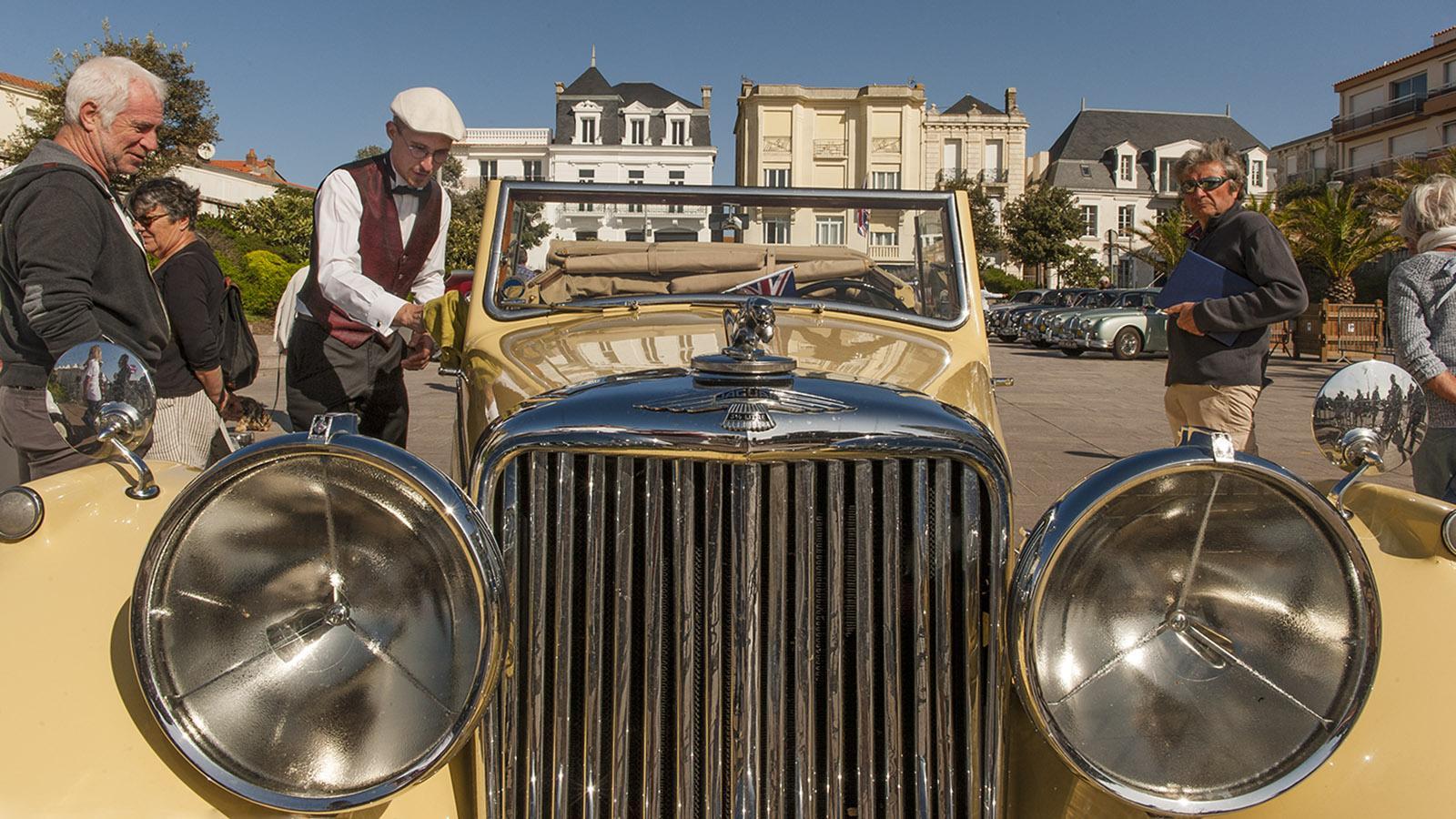 Sables d'Olonne: Parade derBelles Anglaises. Foto: Hilke Maunder