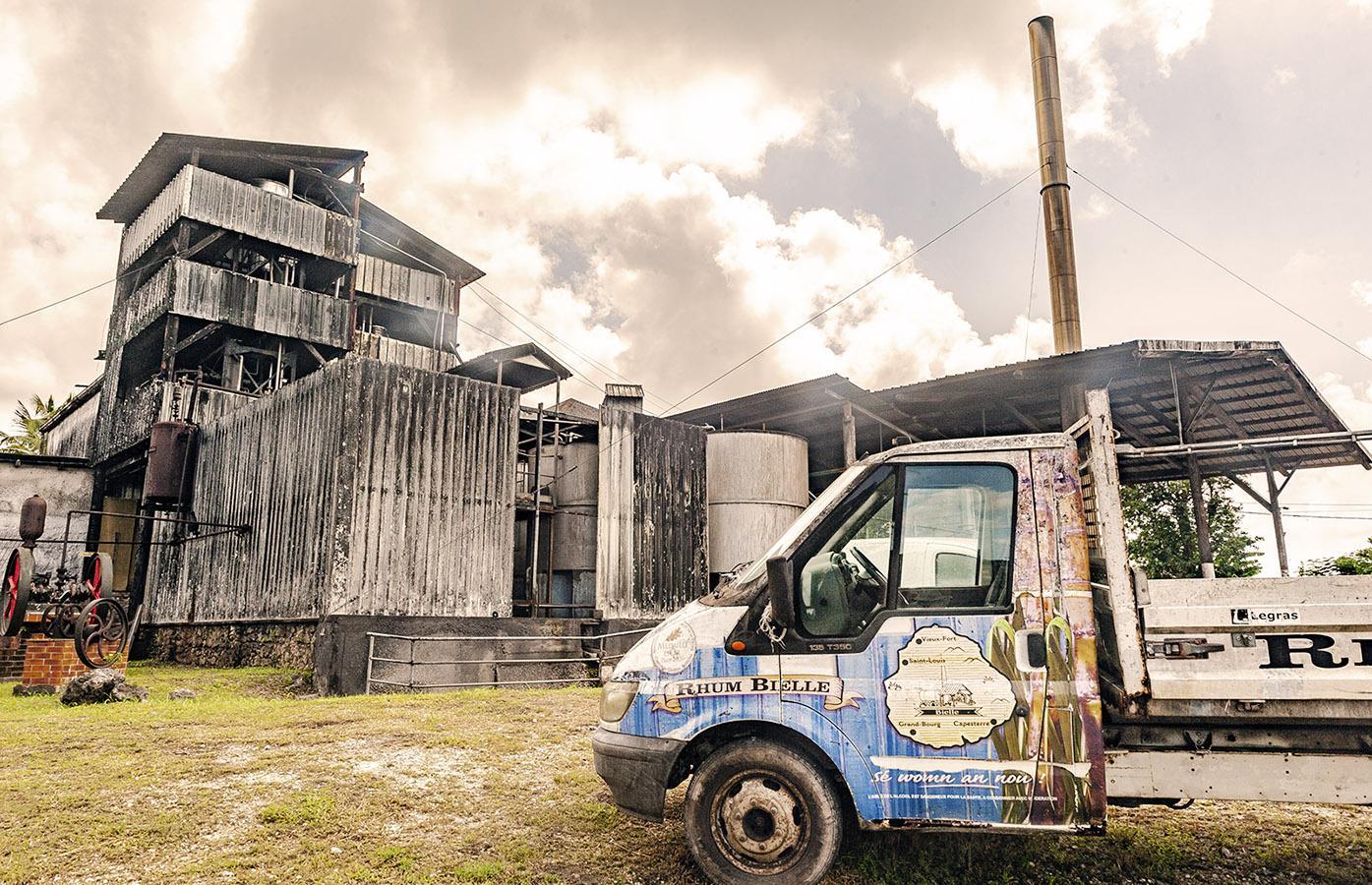 Marie-Galante: Rhum Bielle, eine der drei großen, alten Rumbrennereien der Insel. Foto: Hilke Maunder