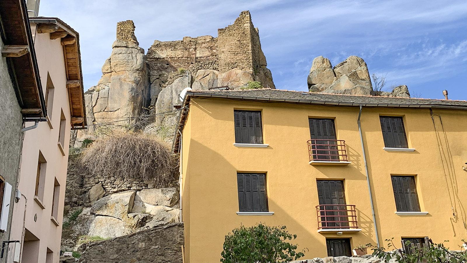 Donezan: die Burg von Quérigut. Foto: Hilke Maunder