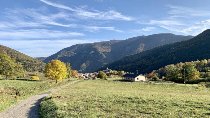 Donezan: Nur sieben Dörfer birgt das Hochtal. Foto: Hilke Maunder