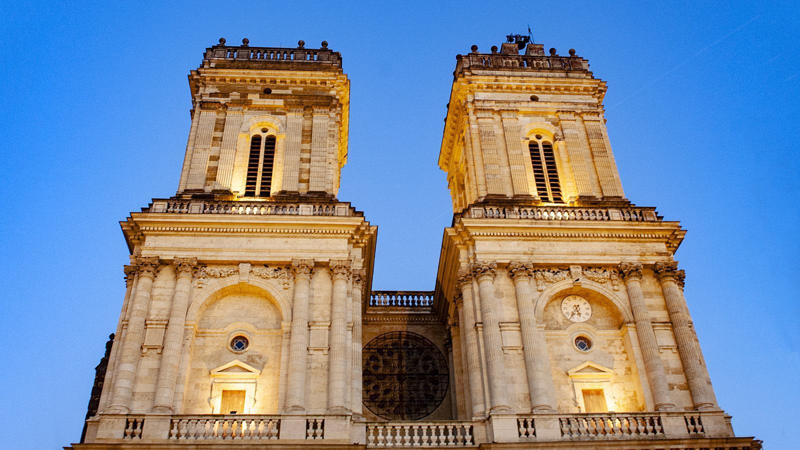 Die Kathedrale von Auch zur blauen Stunde. Foto: Hilke Maunder