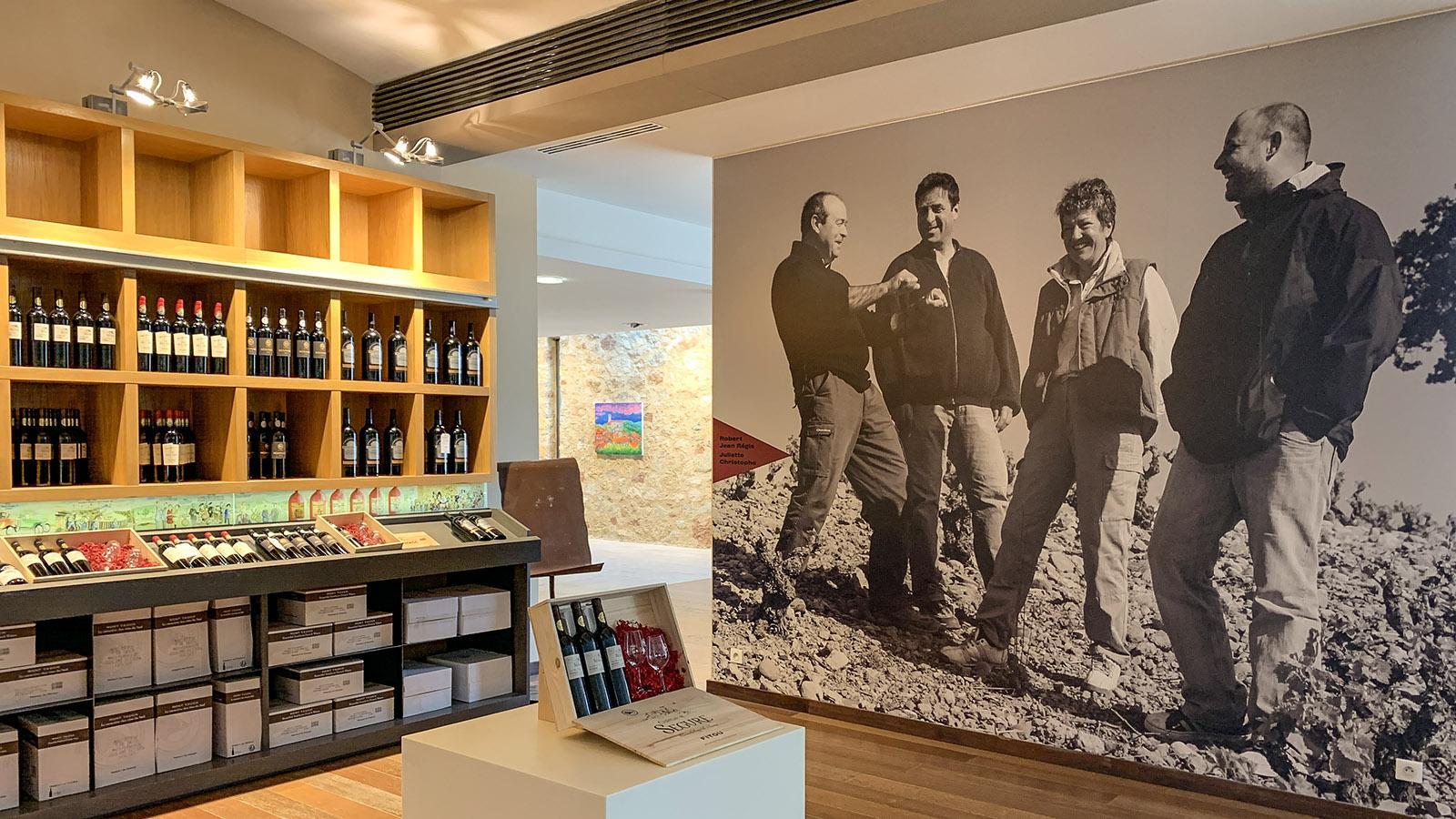 Fitou: Der 2009 eröffnete Verkaufs- und Dégustationsraum der Kellerei Mont Tauch in Tuchan. Foto: Hilke Maunder