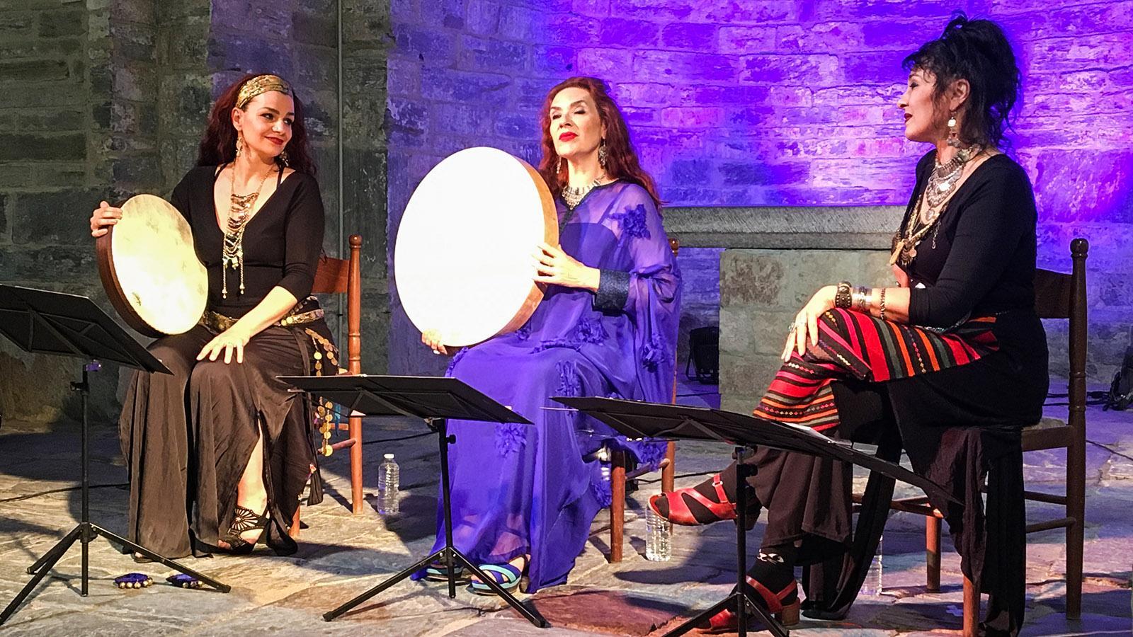 Les Aspres: Prieuré de Serrabone, Troubadourfestival. Foto: Hilke Maunder