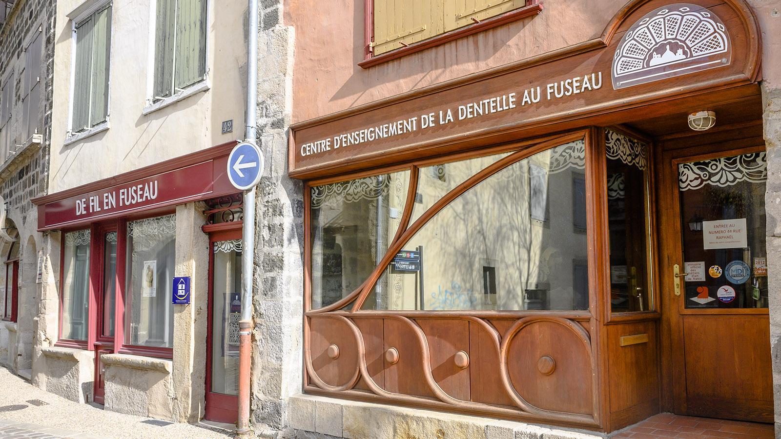 Le Puy-en-Velay: Die Schule der Spitzenklöpperinnen. Foto: Hilke Maunder