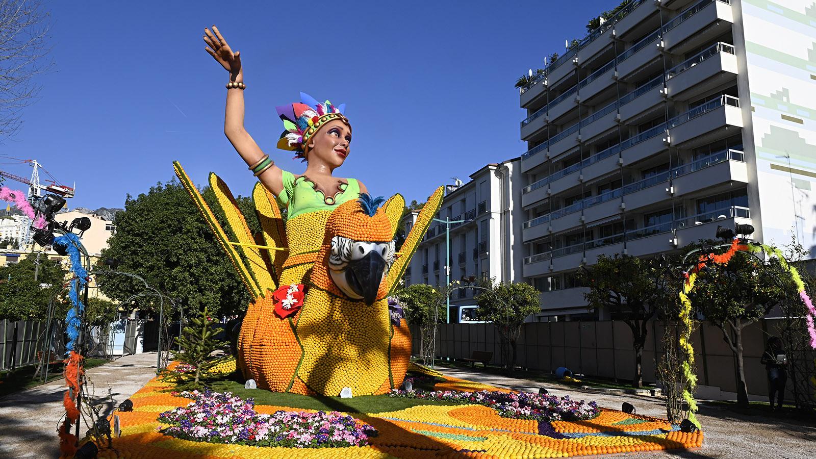 Fête du Citron: Auch Mexiko ist mit dabei. Foto: Hilke Maunder