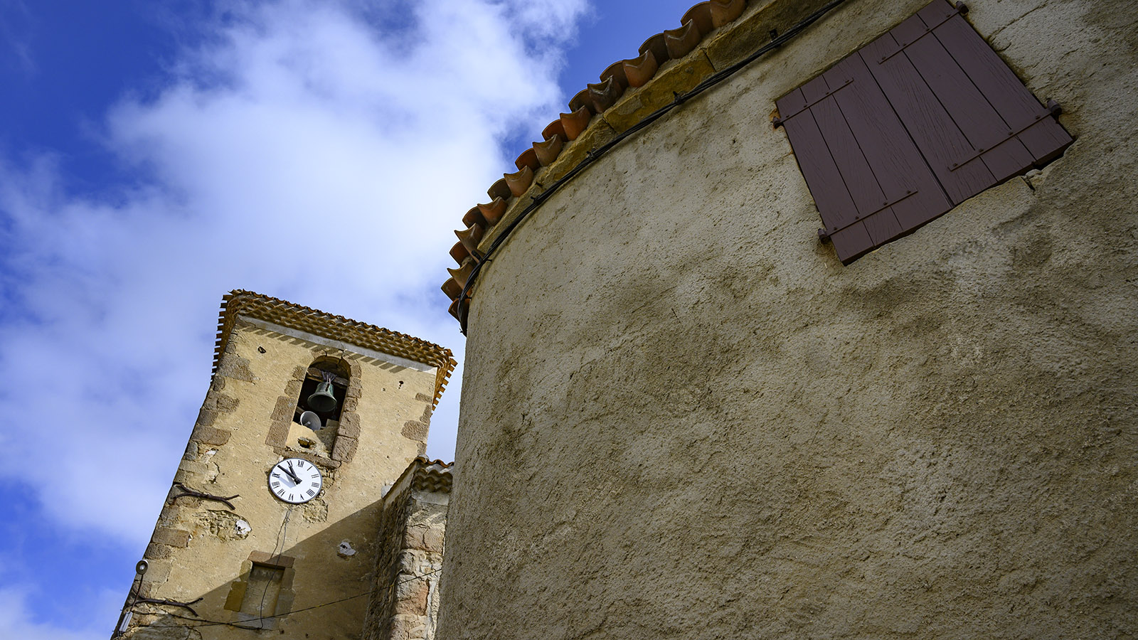 Die Église Saint-Étienne von La Serpent. Foto: Hilke Maunder