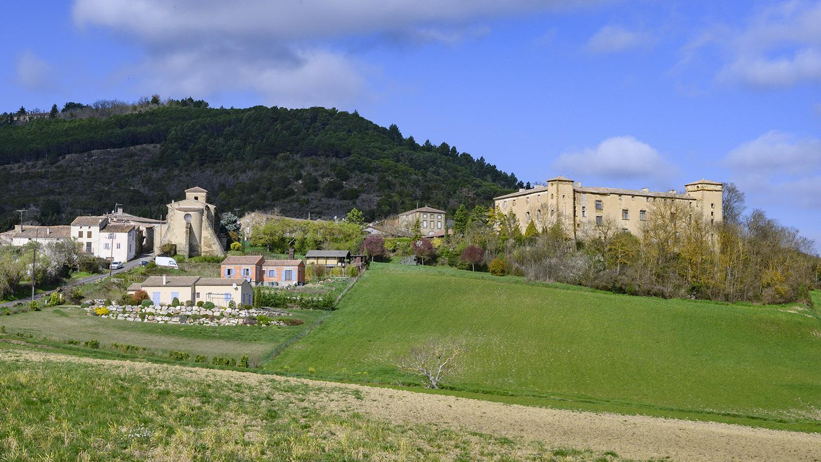 La Serpent mit Schloss und Église Saint-Étienne. Foto: Hilke Maunder