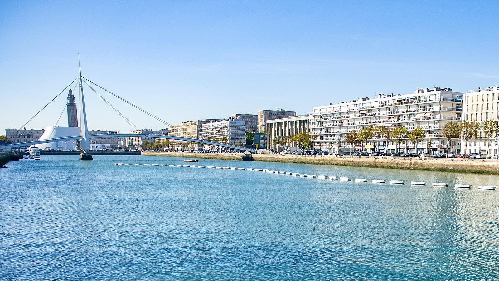 Le Havre: das Bassin de Commerce. Im Sommer lernt hier der Nachwuchs in Optimisten-Booten das Segeln. Foto: Hilke Maunder
