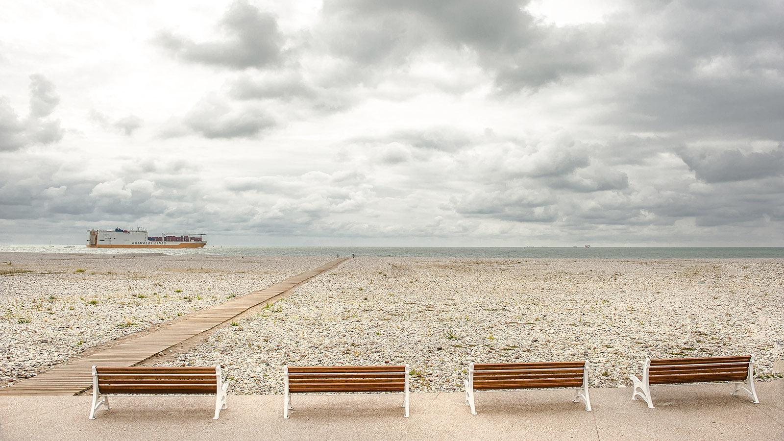 Le Havre: Strand an der Seinemündung. Foto: Hilke Maunder