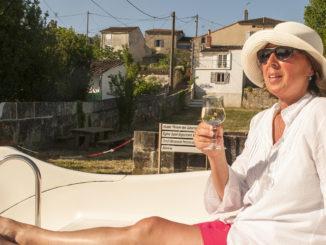Apero: Auch wunderschön auf dem Hausboot. Foto: Hilke Maunder