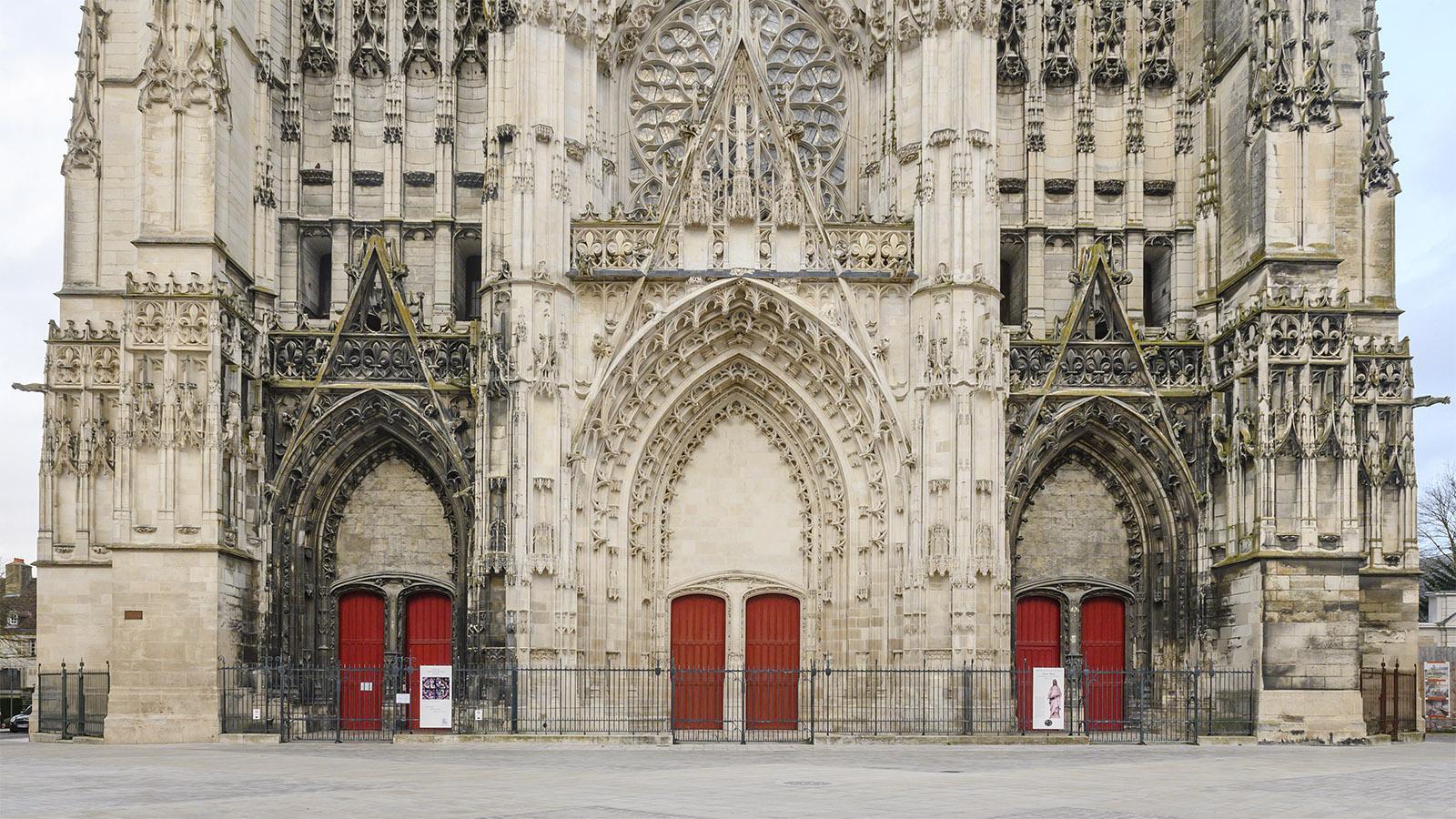 Troyes: Westwerk der Kathedrale. Foto: Hilke Maunder