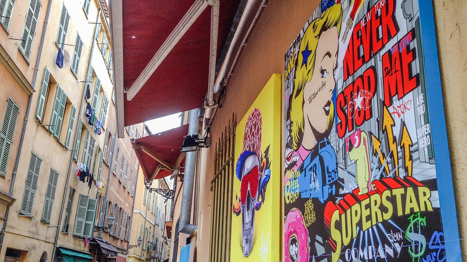 Auch Street Art begegnet euch in der Altstadt von Nizza. Foto: Hilke Maunder