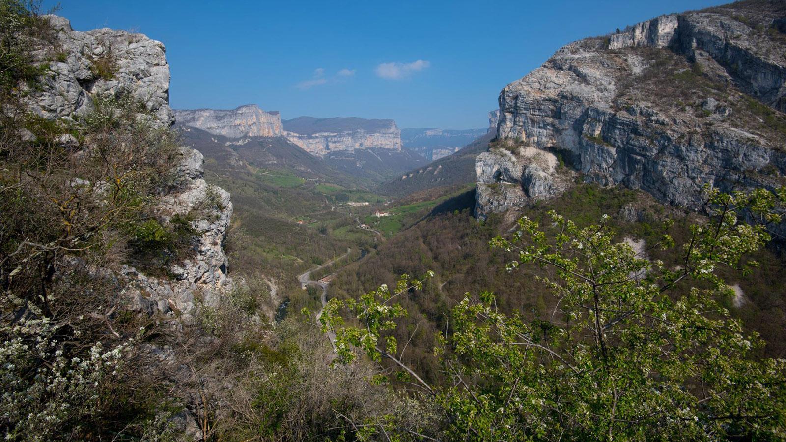 Blick von Trois Châteaux die Gorges de la Bourne. Foto: Tanja Midgartson