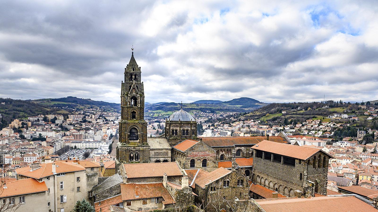 Blick auf Le Puy-en-Velay. Foto: Hilke Maunder