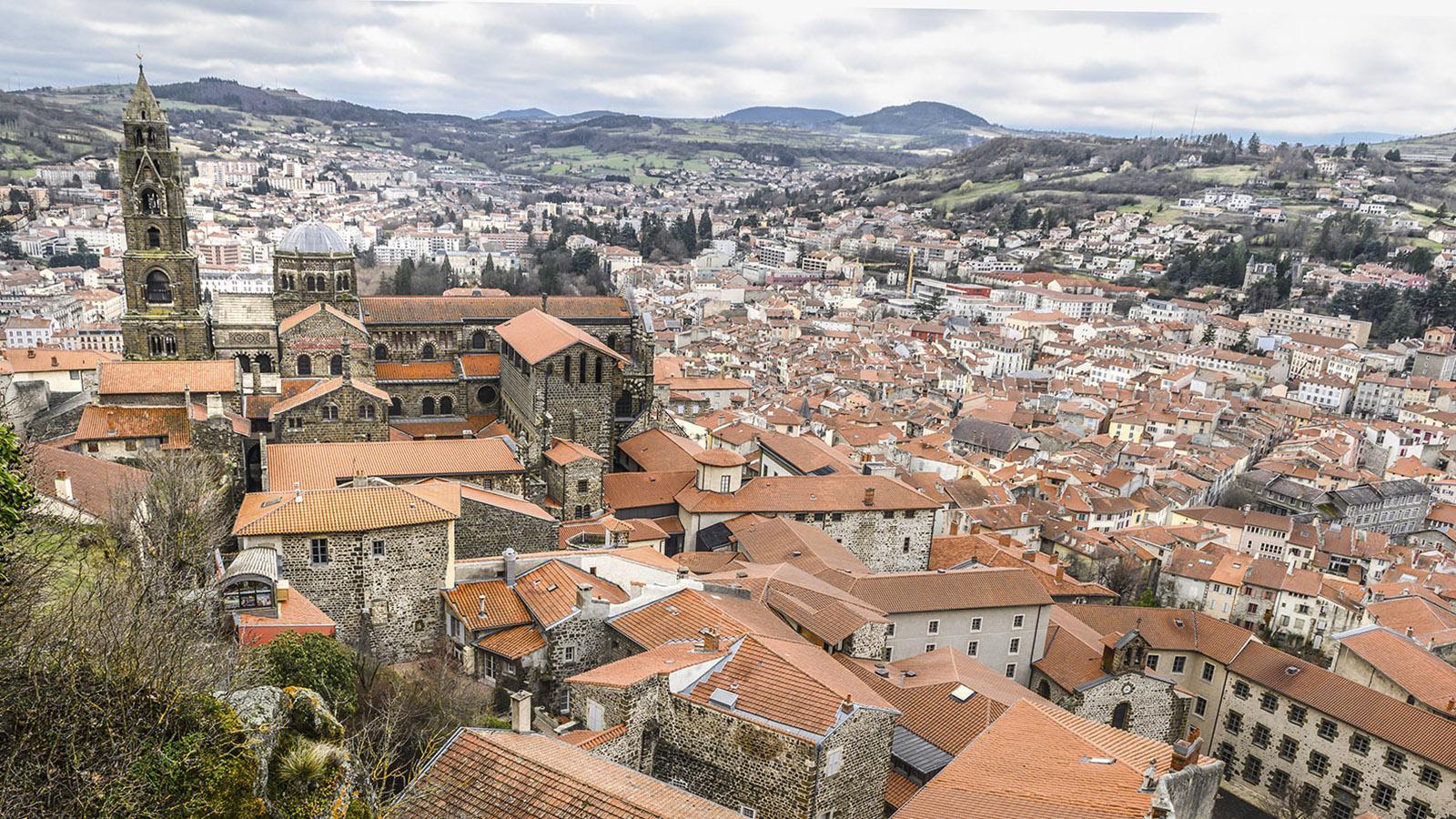 Aussicht auf Le Puy von La Dame de France. Foto: Hilke Maunder