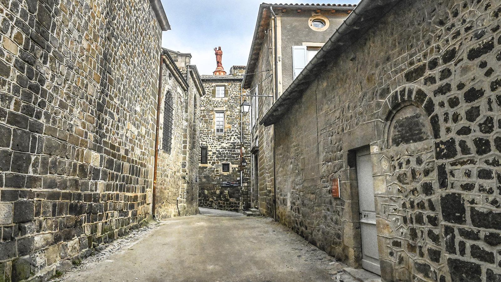 In der heiligen Oberstadt von Le Puy-en-Velay. Foto: Hilke Maunder