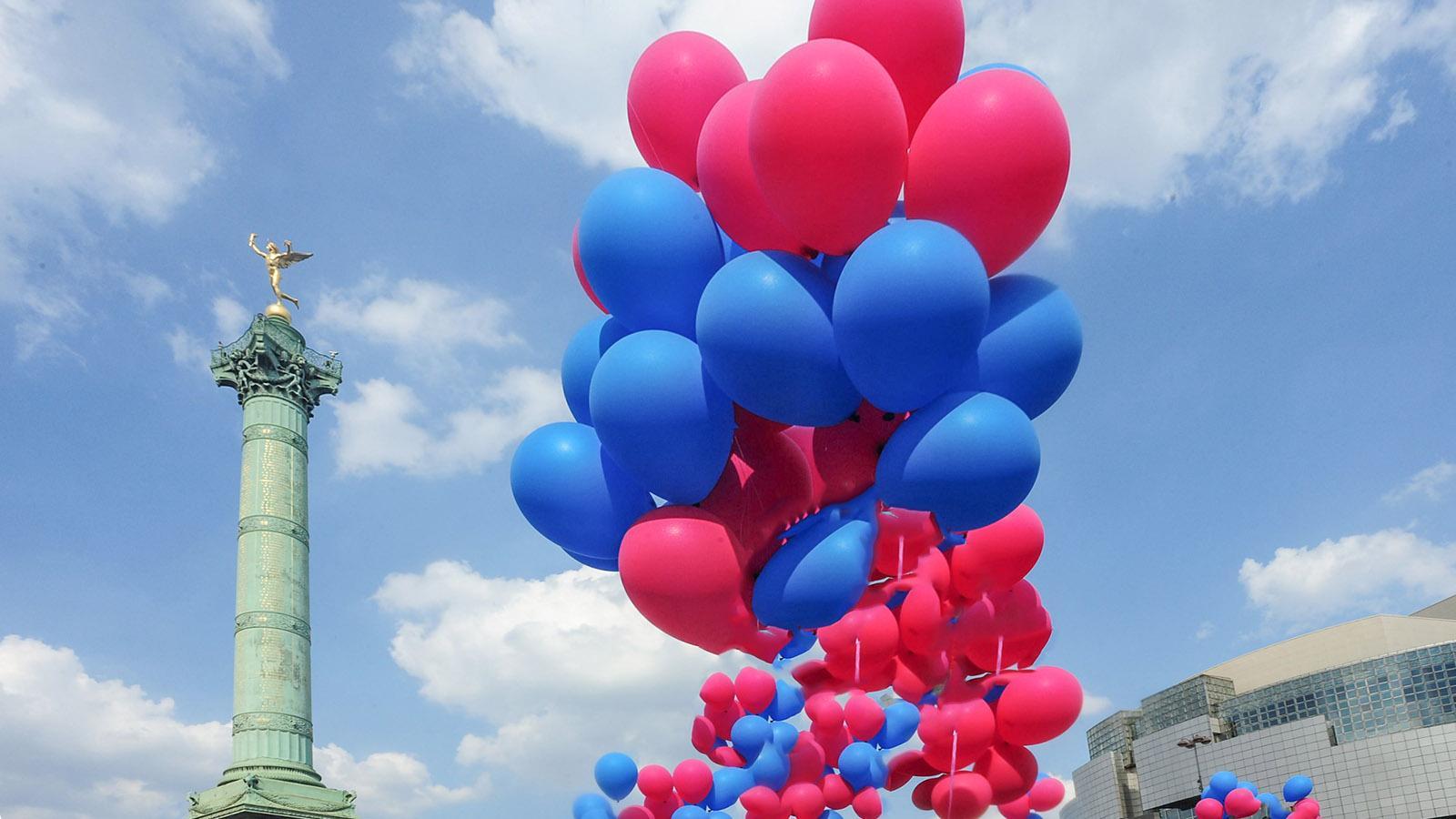 Paris: Feier zum 14. Juli auf der Place de la Bastille von Paris. Foto: Hilke Maunder