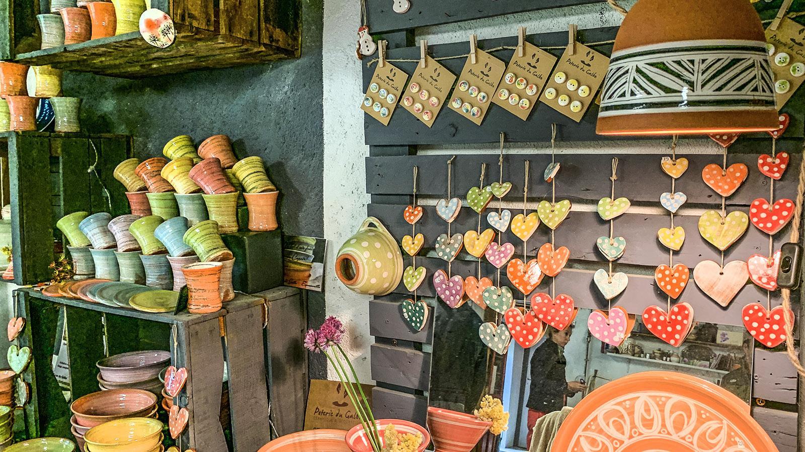 Einige der Töpferwaren von Anne. Foto: Hilke Maunder