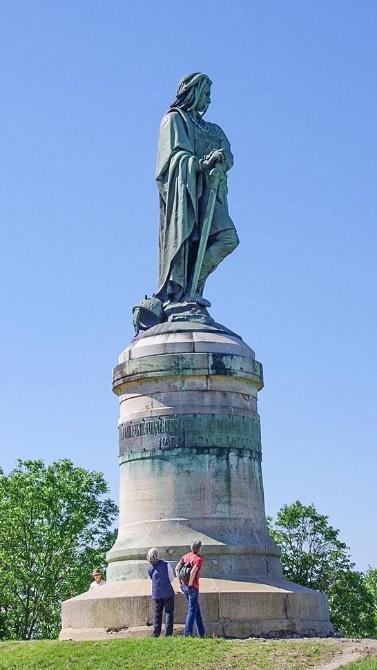 Alise: Vercingetorix-Denkmal. Foto: Werner Münzel