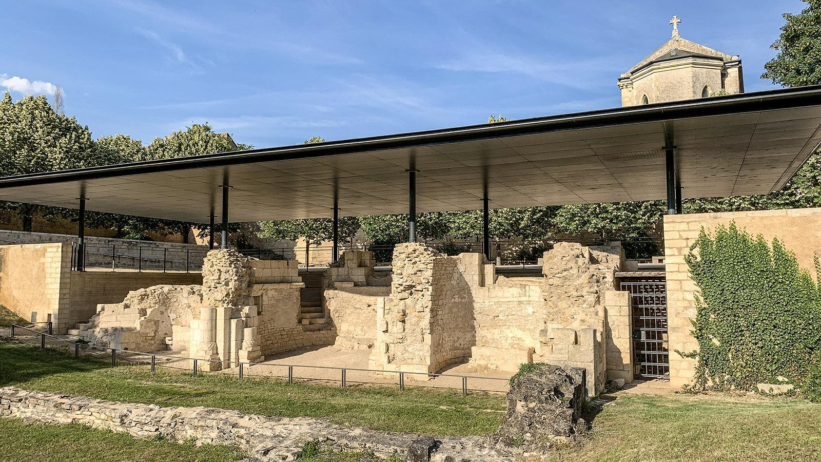 La Charité-sur-Loire: der Garten der Benediktinerabtei mit den Ruinen der Église Saint-Laurent. Foto: Hilke Maunder