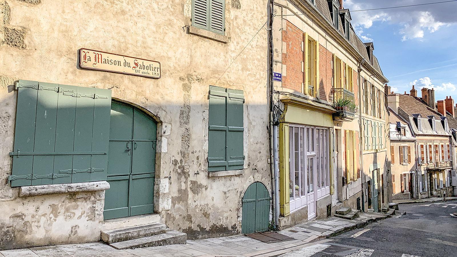 La Charité-sur-Loire: La Maison du Sabotier. Foto: Hilke Maunder