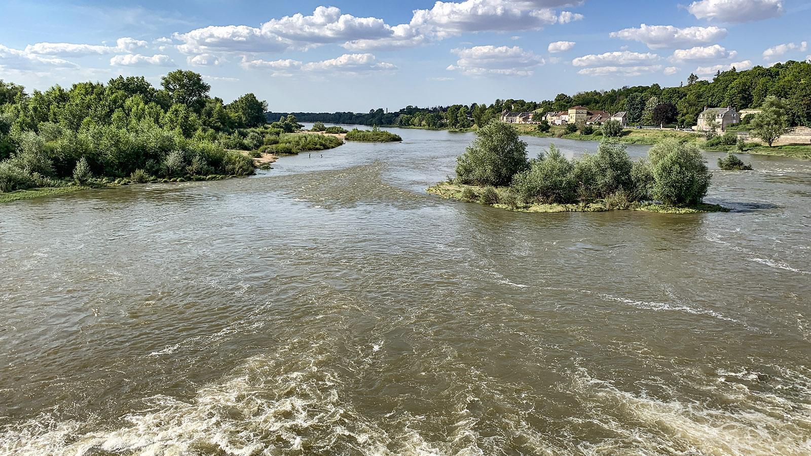 La Charité-sur-Loire: Blick auf die Loire vom Grand Pont. Foto: Hilke Maunder
