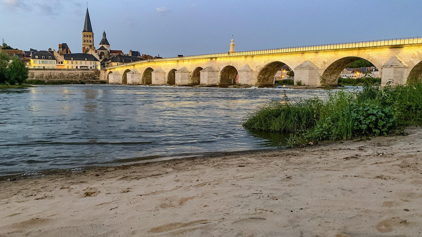 La Charité-sur-Loire: Badestrand an der Loire. Foto: Hilke Maunder