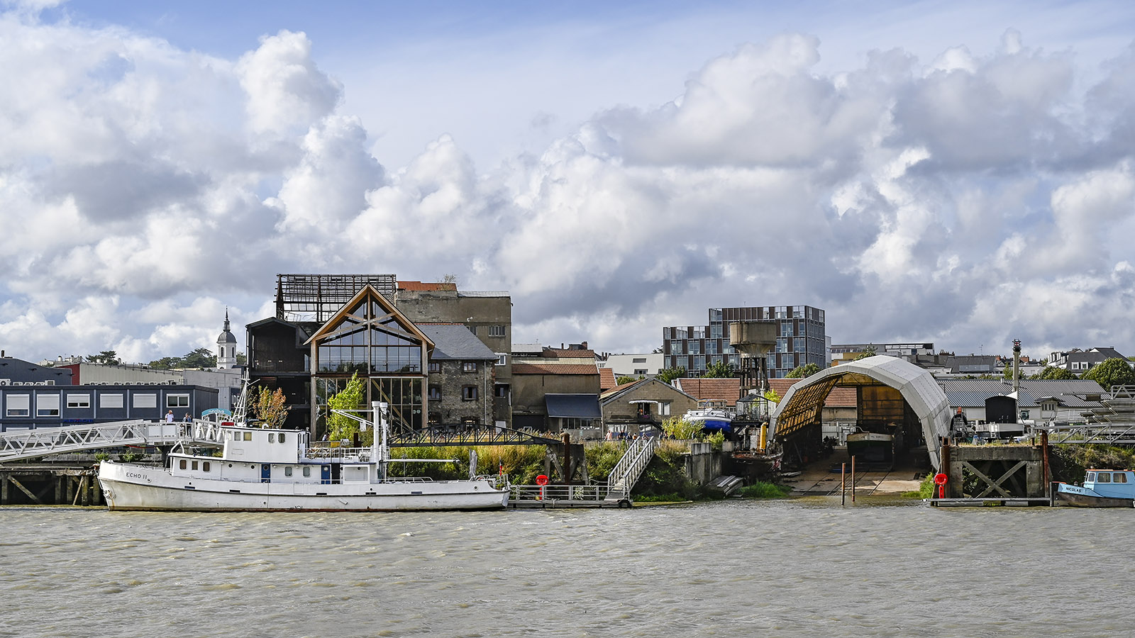 Eine alte Werft im Nantaiser Viertel Chantenay birgt heute die angesagte Craft-Bier-Brauerei Little Atlantic Brewery. Foto: Hilke Maunder