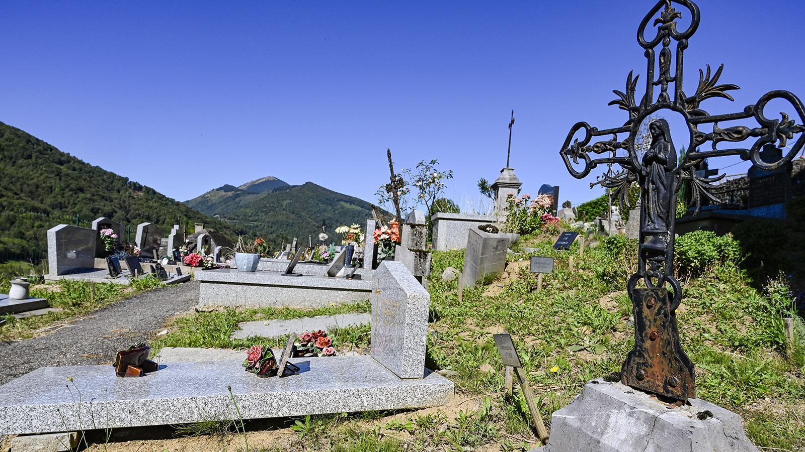 Der Friedhof von Ayet. Foto: Hilke Maunder