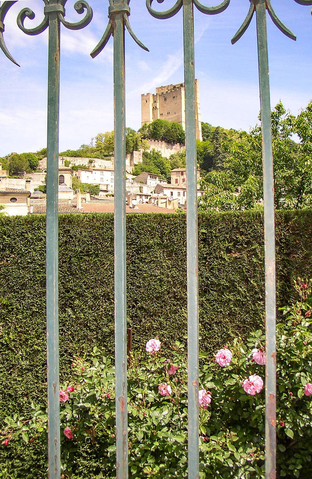 Der Bergfried von Crest. Foto: Brita Beate Link