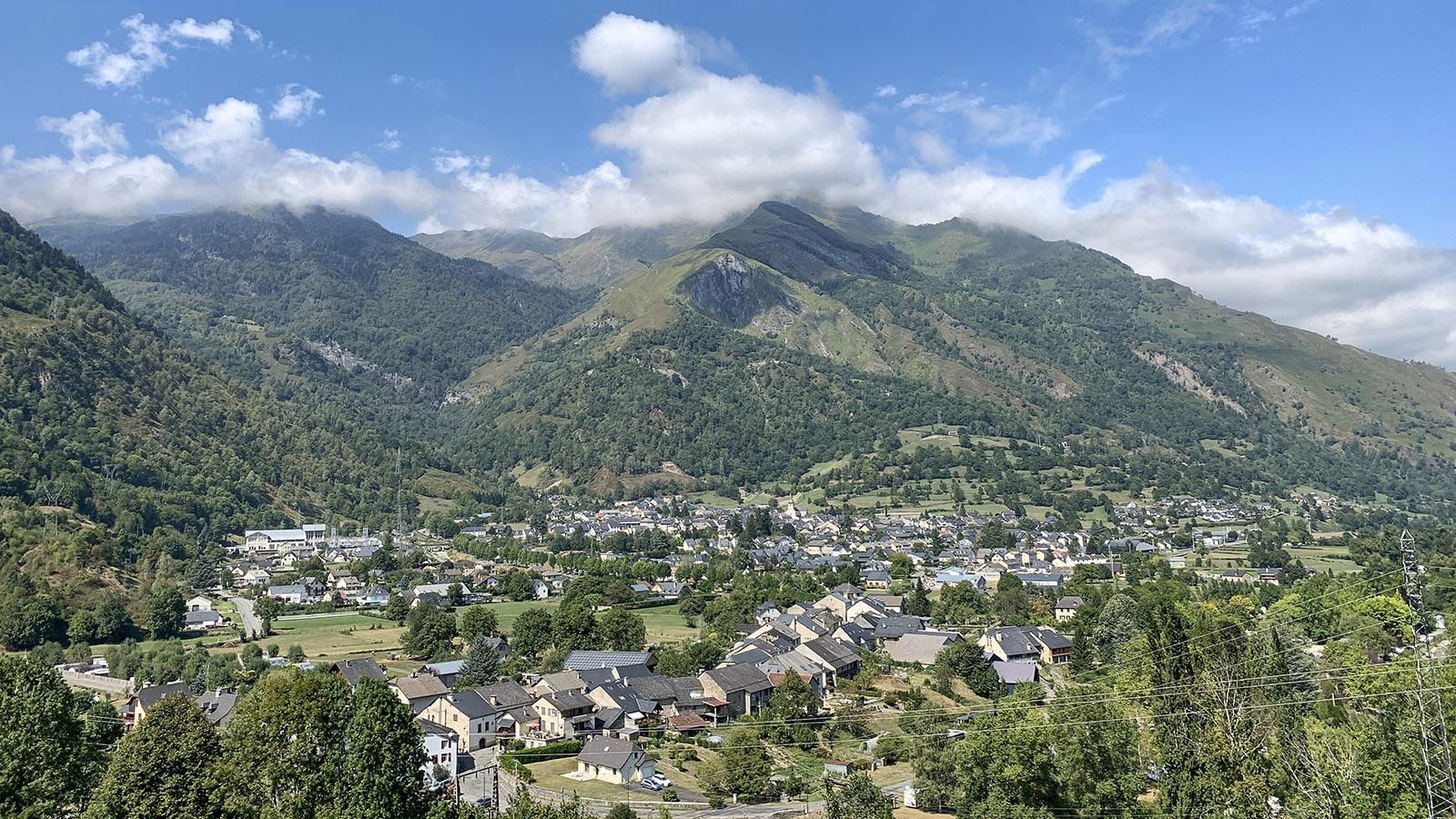 Blick auf Laruns im Ossau-Tal. Foto: Hilke Maunder