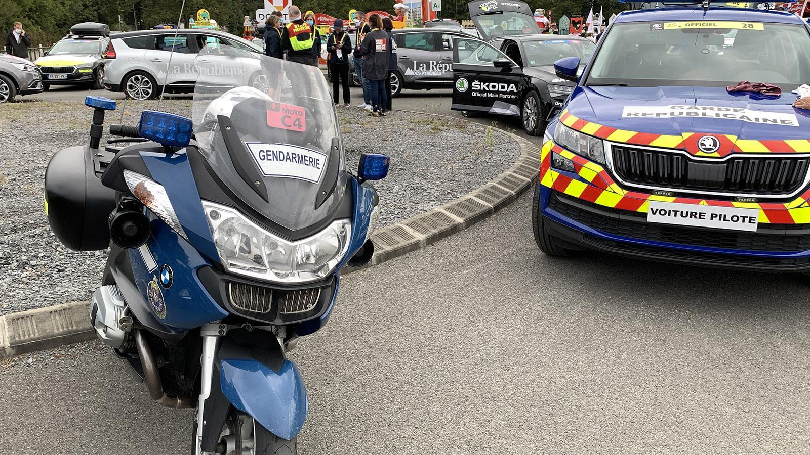 Die Nationalgarde unterstützt die Gendarmerie bei der Tour de France. Foto: Hilke Maunder