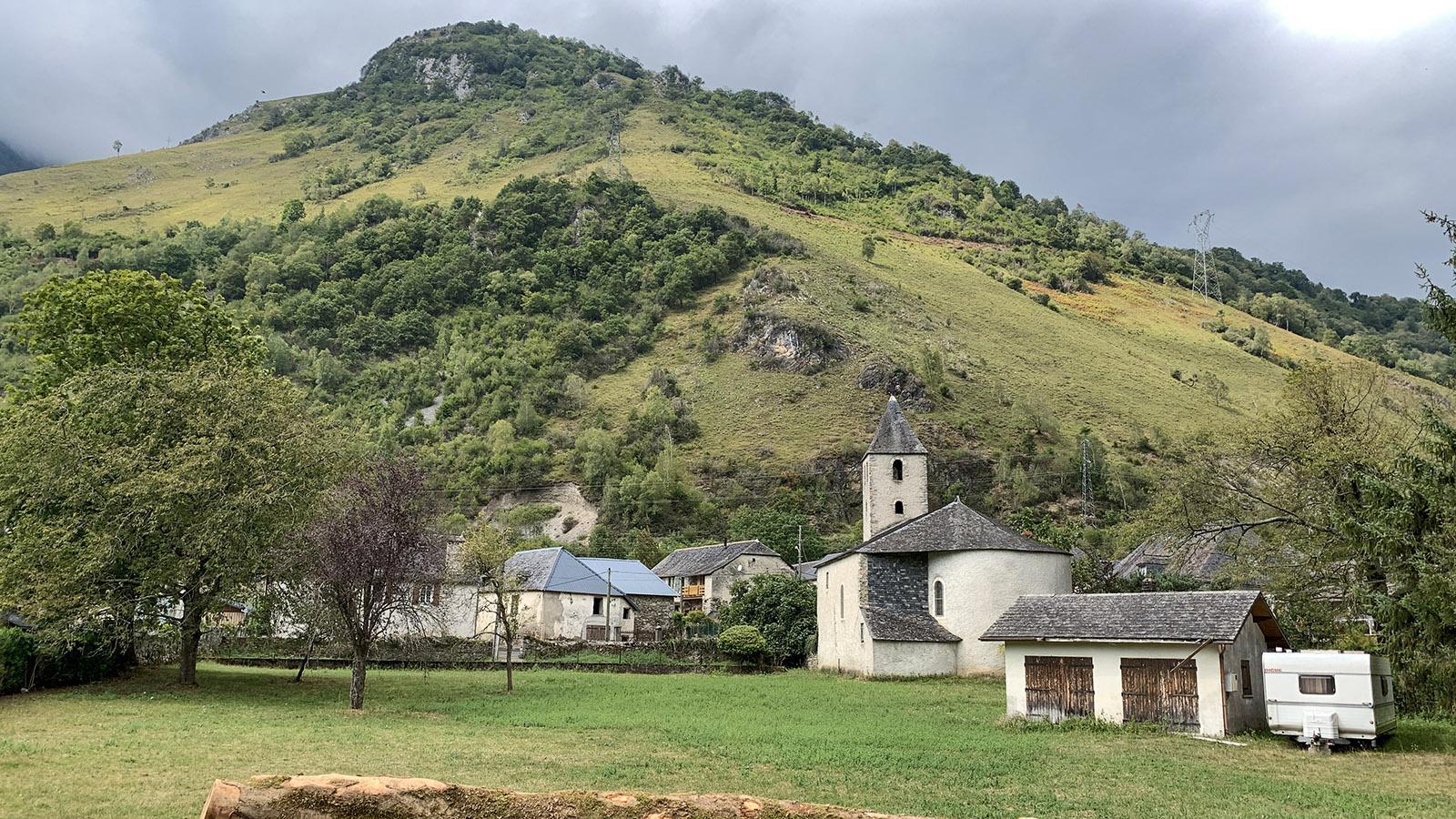 Die Kirche von Gère im Tal des Gave d'Ossau. Foto: Hilke Maunder